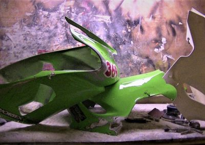 www.squidskins.com - Custom Made Fibreglass Bodies